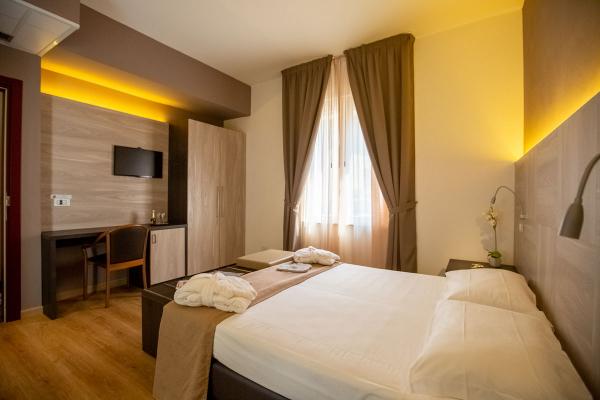hotel-lory-chianciano-2512FB08B4-3530-2742-6232-B45D0BFA1120.jpg