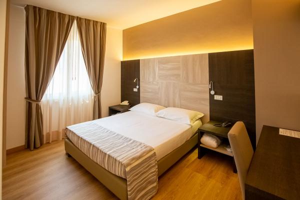 hotel-lory-chianciano-5DEB3A13A-1F09-AAA9-AC2F-5077DE008D25.jpg