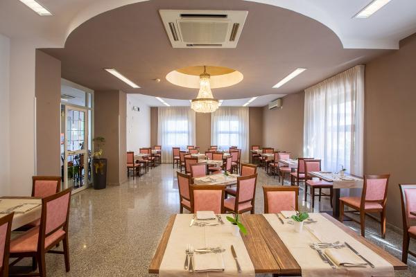 hotel-lory-chianciano-844285E547-B858-CCB5-C9FA-6823B6F1BD7C.jpg