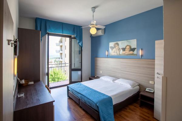 hotel-lory-chianciano-946745089-CA5A-2134-9427-6E6679F6C46E.jpg